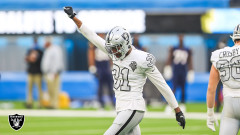 Crucial Catch Dropped: Raiders Hang On To Beat Chargers 31 - 26