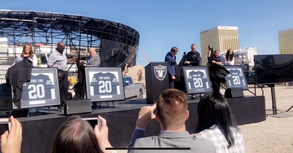 Desert Ford Dealers the Official Vehicle of Raider Nation
