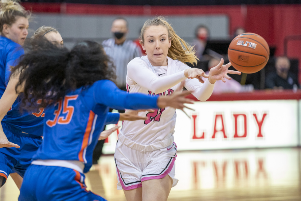 UNLV Lady Rebels Split the Boise State Series, Defeating the Broncos 74-62